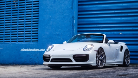 Porsche 991 Turbo on HRE R101 LW