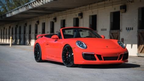 Porsche Carrera S on HRE P200