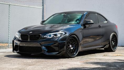 BMW M2 on HRE Classics 300