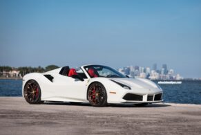 Ferrari 488 Spyder on HRE P201
