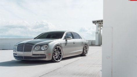 Bentley Flying Spur on ANRKY AN13