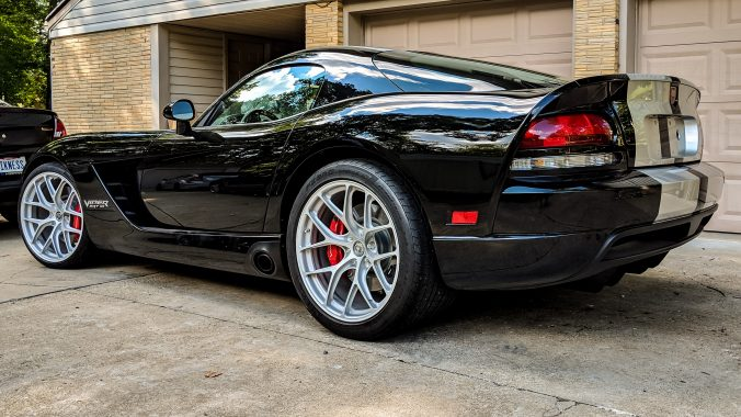 Dodge Viper on HRE R101 Lightweight