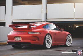 Porsche 991 GT3 on HRE P200