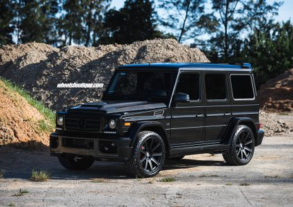 Mercedes G550 on HRE TR109