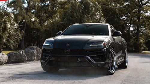 Lamborghini Urus on ANRKY AN33
