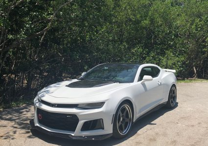 Chevrolet Camaro ZL1 on HRE Classic 305