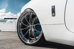 Rolls Royce Dawn on HRE S204H