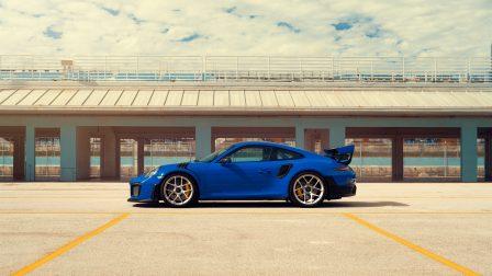 Porsche 991 GT2RS on HRE R101 Lightweight