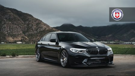 BMW F90 M5 on HRE S101SC