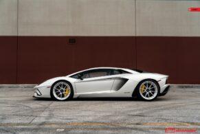 Lamborghini Aventador S on ANRKY AN22