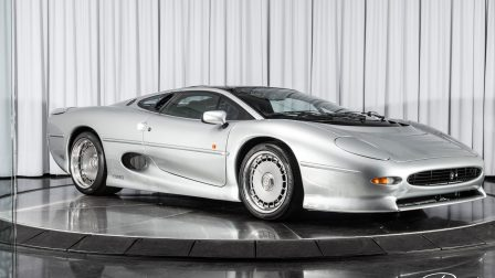 Jaguar XJ220 on HRE 935