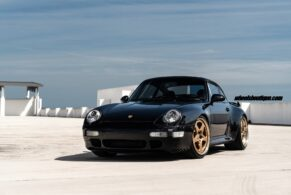Porsche 993 Turbo on HRE 527S