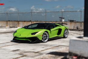 Lamborghini Aventador SV Roadster on ANRKY AN22