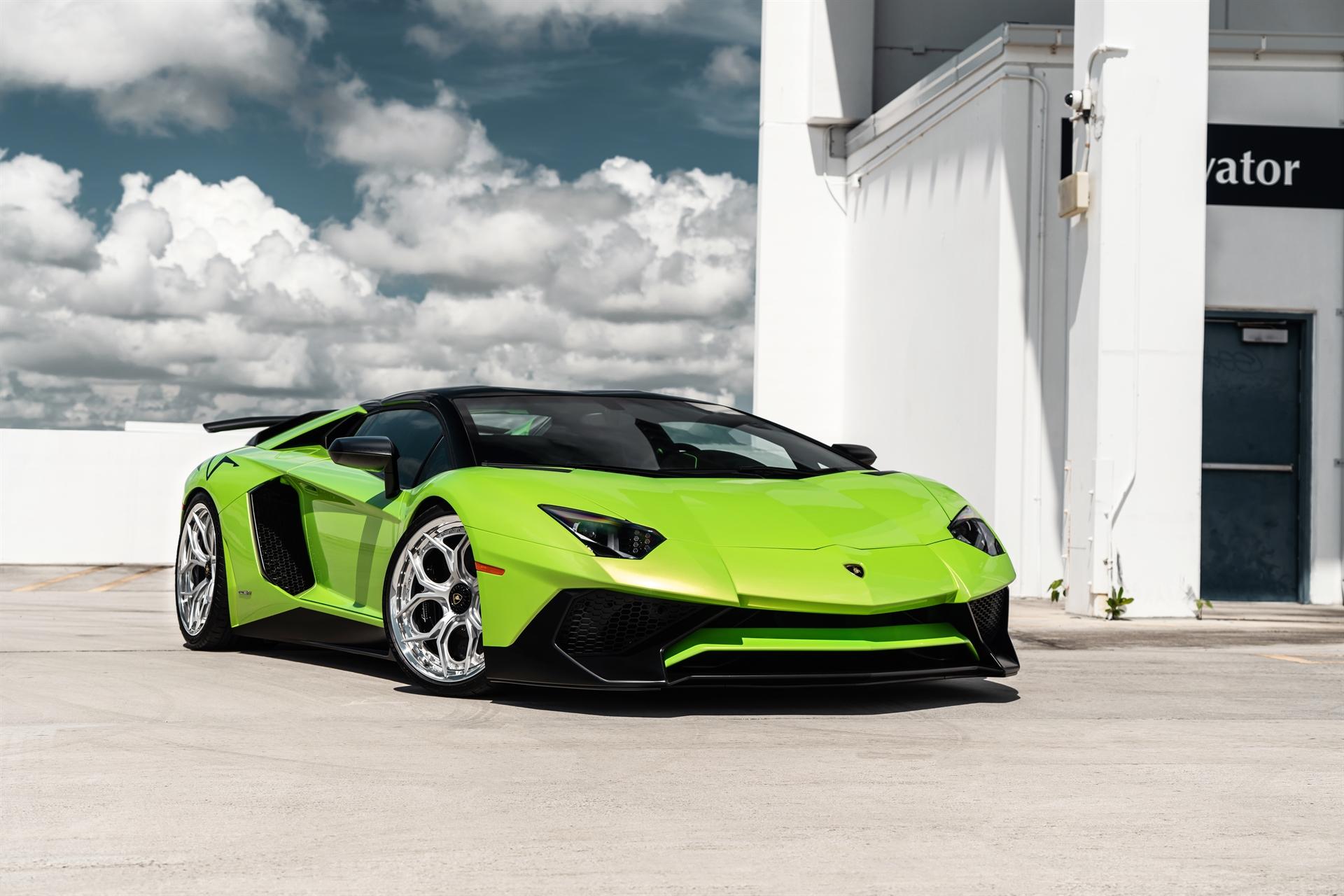 Lamborghini Aventador Sv Roadster On Hre S111sc Gallery Wheels Boutique
