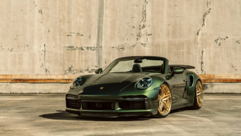 Porsche 992 Turbo S on HRE S107SC