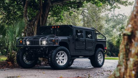 Hummer H1 on HRE HD188