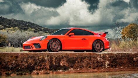 Porsche 991.2 GT3 on HRE Vintage 501