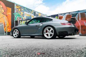 Porsche 996 Turbo on HRE 527S